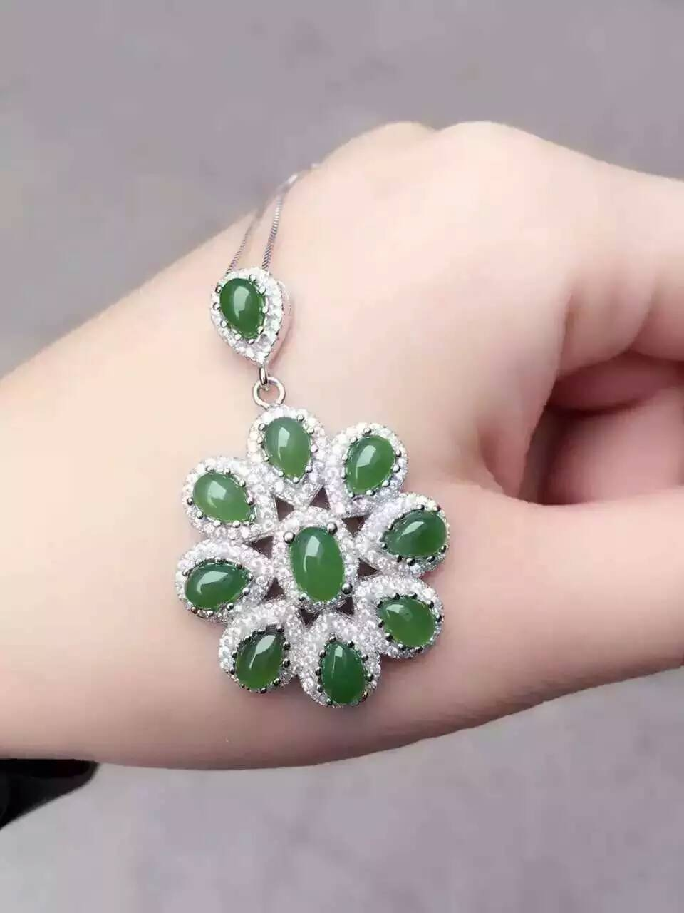 Natural green jasper gem pendant S925 silver Natural gemstone Pendant Necklace trendy Flower group women party fine jewelry givenchy very irresistible парфюмерная вода very irresistible парфюмерная вода