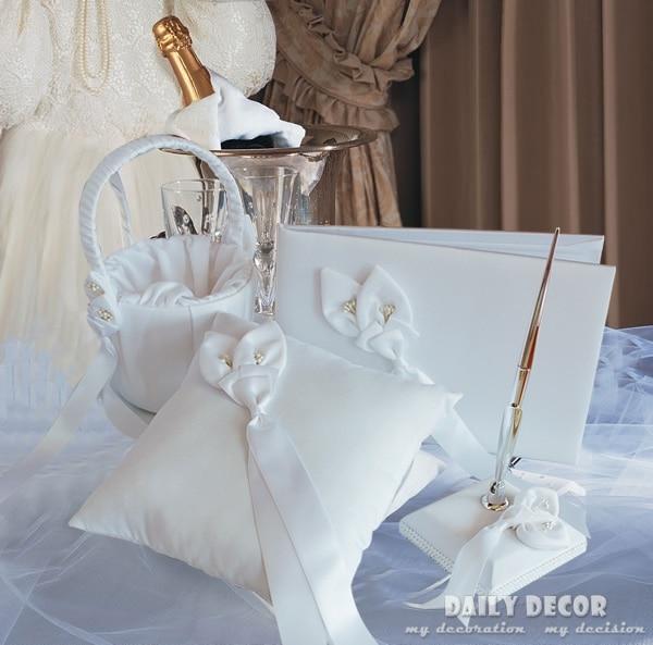새로운 웨딩 파티 액세서리 세트 (반지 베개 + 꽃 바구니 + 시그너처 펜 + 방명록) Accesorios de boda 무료 배송
