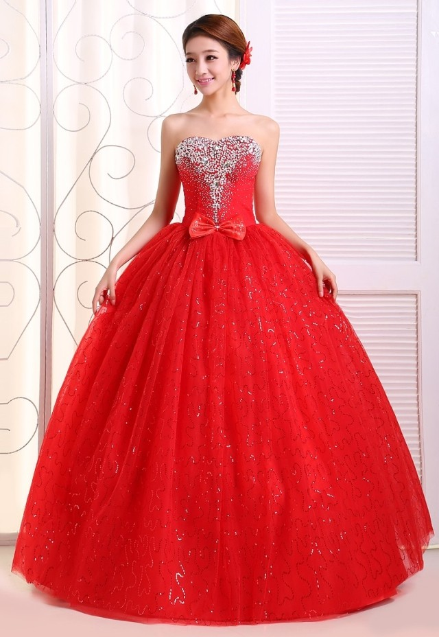 2017 new stock plus size women pregnant bridal gown wedding dress  sweetheart ball gown red white bling diamond sexy backless 233-in Wedding  Dresses from ... f7fc856cf77d