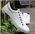 2017 Men zapatos mujer White Casual canvas shoes fashion Lover flat shoes scarpe donna creepers shoes students