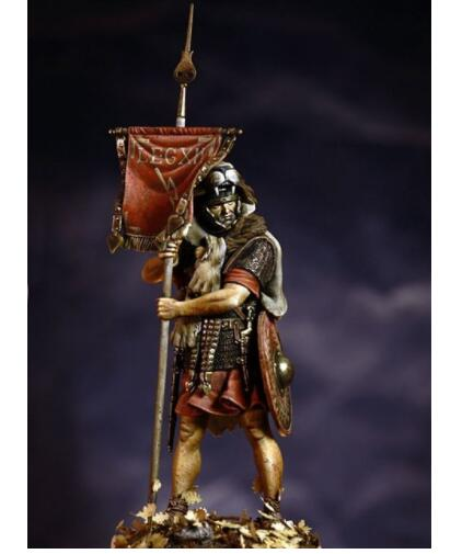 1/24 75mm Vexillifer Roman Army Soldier 75mm    Toy Resin Model Miniature Kit Unassembly Unpainted