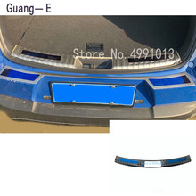 Car styling stainless steel inner rear bumper trim plate trunk frame threshold pedal 1pcs for Lexus UX 200H 250H 260H 2019 2020 car body styling stainless steel inner rear bumper trim plate lamp frame threshold pedal 1pcs for suba6u outback 2015 2016