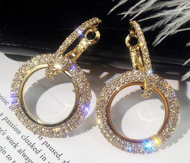 New Design Creative Jewelry High-grade Elegant Crystal Earrings Round Gold and Silver Earrings Wedding Party Earrings for Woman 4