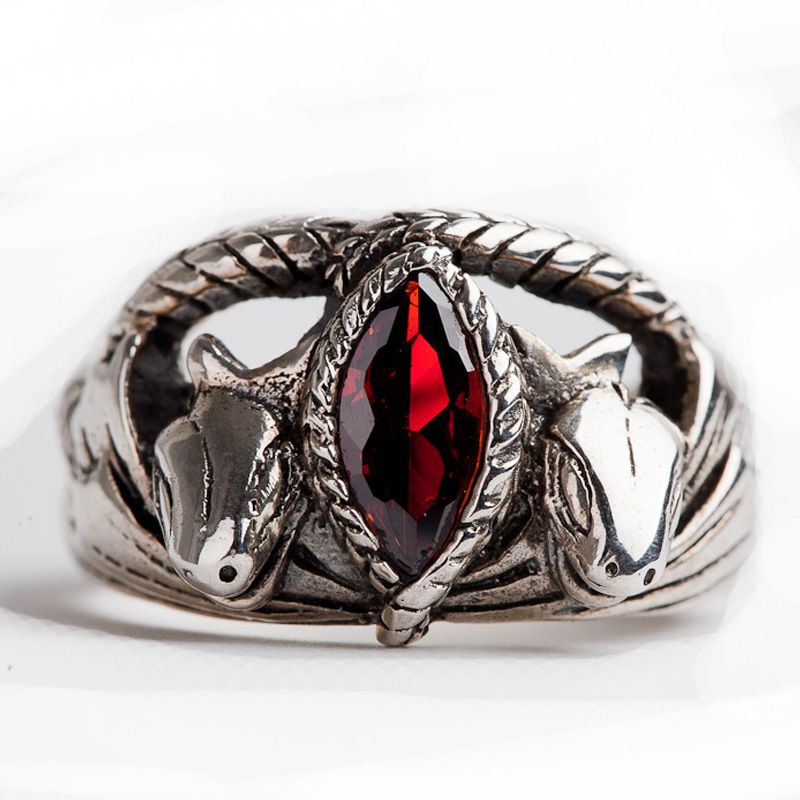 Unique LOTR Jewelry Aragorn s Ring in Red Stone 925 Silver Animal Snake Style  Ring For Men Man Cosplay Gift Ring Dropshiping 74db71c504bd