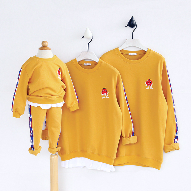 HT975 Spring Autumn Clothing Mother Baby Father Clothes Costume Family Matching Outfits Kids Thicker Tops  Warm Child Sweatshirt