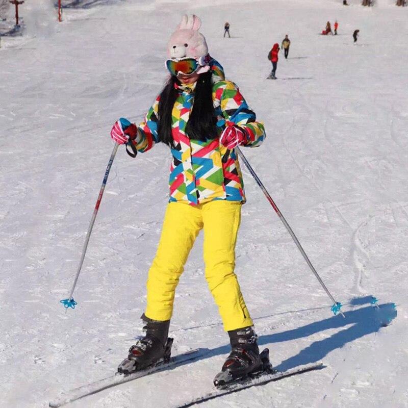 Ski Costume Femmes Marques Haute Qualité Femelle Neige Pantalon Coupe-Vent Imperméable À L'eau Coloré Vêtements D'hiver Ensemble Snowboard Veste Femmes Ski