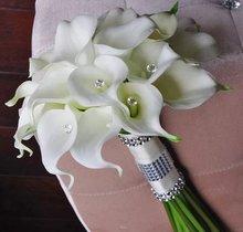 Свадебный букет из шелковых цветов лилии белые натуральные на
