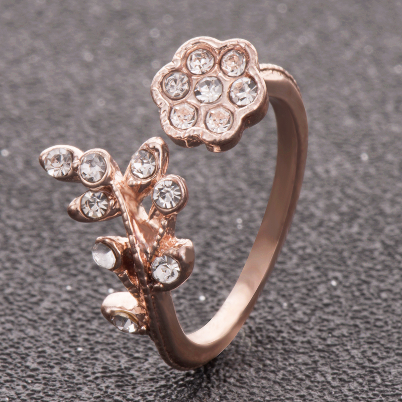 Twisted Leaves Flower Rose Gold Ring