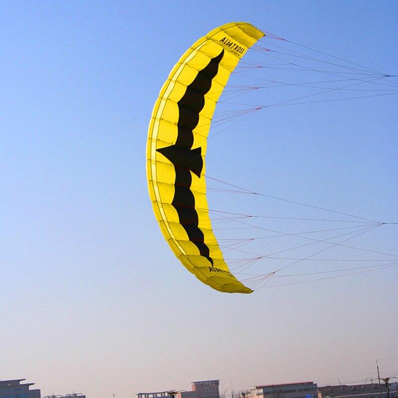 Livraison gratuite haute qualité 5 mètres carrés quad ligne électrique cerf-volant parafoil kiteboard avec barre de contrôle ligne cerf-volant surf hcxkite