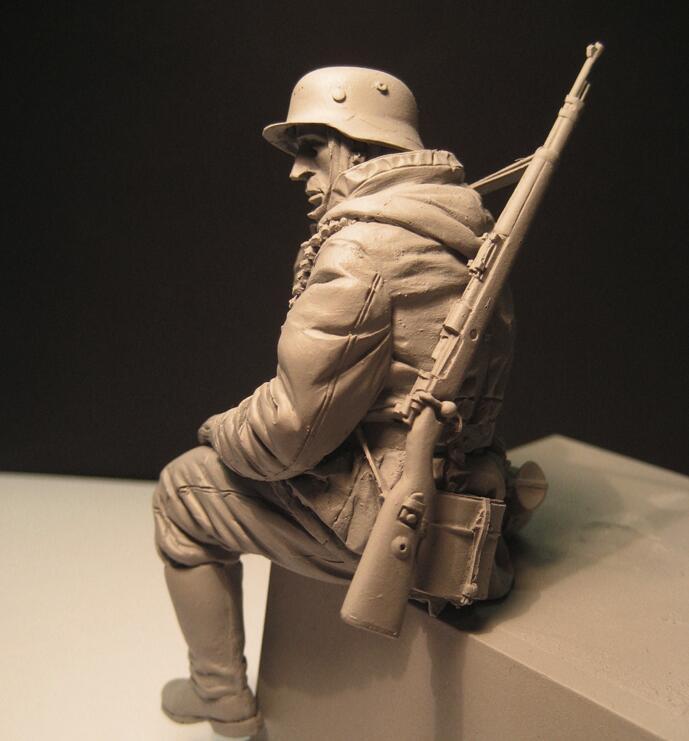 ii guerra mundial sentado soldados sem pintura e sem montagem 156g