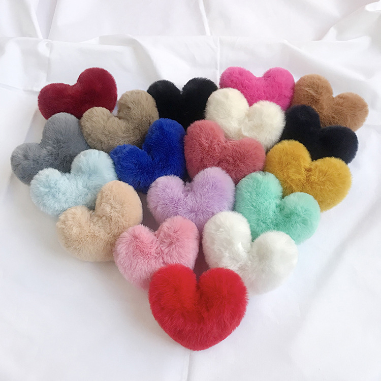 Cute Faux Fur Heart Hair Clip Barrettes Hair Bow Alligator Hairpins For Girls Princess Winter Headware Hair Accessories GR140