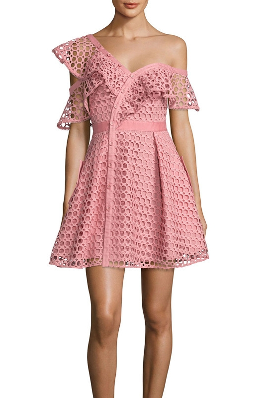 Vestido Sexy de verano con volantes y hombros descubiertos de encaje rosa para mujer 2018 Verano de alta calidad ahueca hacia fuera el vestido de autorretrato - 6