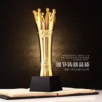 High Grade Resin Crown Trophy Custom Metal Trophies Creative Model Souvenirs Logo can Custom Made
