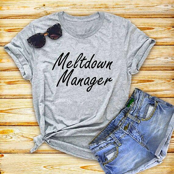 Kernschmelze manager T-Shirt Mom Leben Lustig mom Grafik Tops Unisex Stil Grau t-shirt Hipster Ästhetischen Outfits