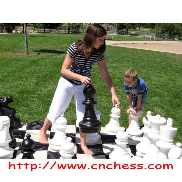 25 Giant Garden Outdoor Chess Set With Nylon Fabric Mat