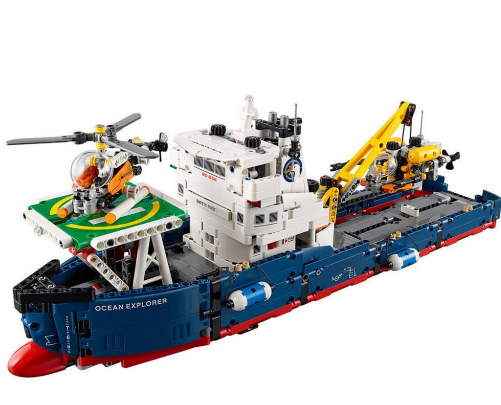 New Lepin 20034 1347pcs Technic Series Search the ship Building Blocks Bricks Educational Toys 8 in 1 military ship building blocks toys for boys