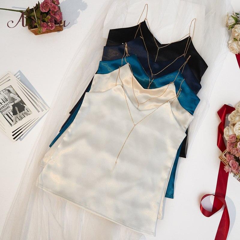 ArtSu/летний топ на цепочке, модный, без рукавов, пляжный, черный, белый, сатиновый Топ, сексуальная одежда, топ для фитнеса, Mujer ASVE20220-in Кроп-топы from Женская одежда on AliExpress