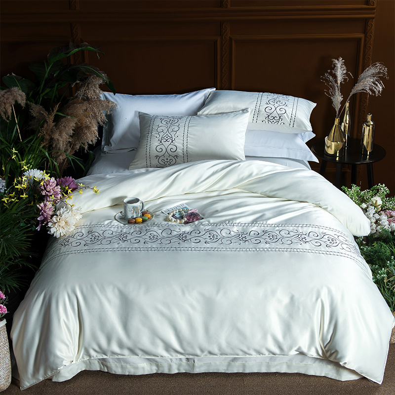 (2)  White silver cotton imitate silk luxurious Bedding Set queen king measurement mattress set Bedsheets linen Europe embroidery Quilt cowl set HTB1EmiXpeOSBuNjy0Fdq6zDnVXan