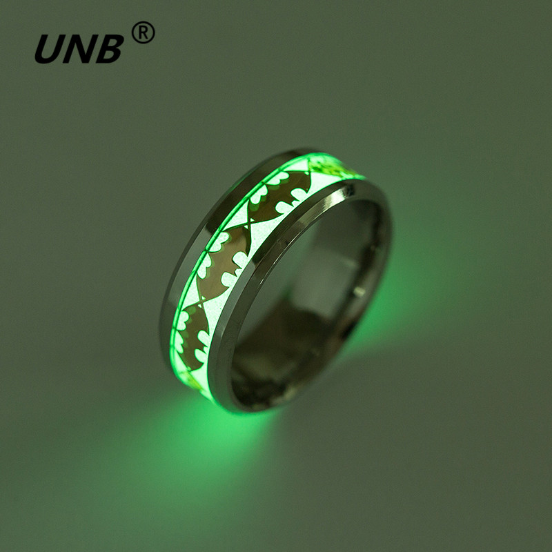 2017 Retro Luminous Men Ring Stainless Steel Batman Ring