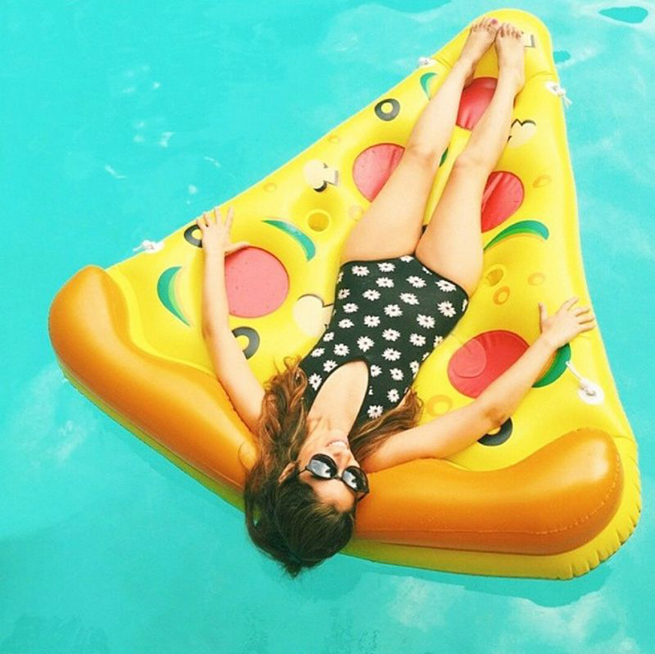 Giant-Pizza-Slice-Pool-Inflatable-Toy-Swimming-Game-Toys-Air-Mattresses-Large-Floating-Island-Boat-Toy-Party-Summer-Fun-Pontoon-2