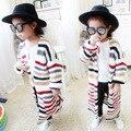 2016 Nuevas Muchachas Del Niño Del Suéter Largo Cardigans Suéter Rayado del Bebé chaqueta de Punto Prendas de Abrigo Moda Niños Niños Abrigo Prendas de Punto