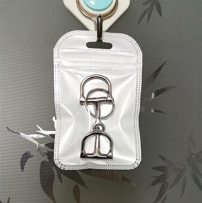 Цинка литья под давлением лошадь Ди Бит кольцо для ключей, с уплотнительным кольцом. серебристого цвета(SK005