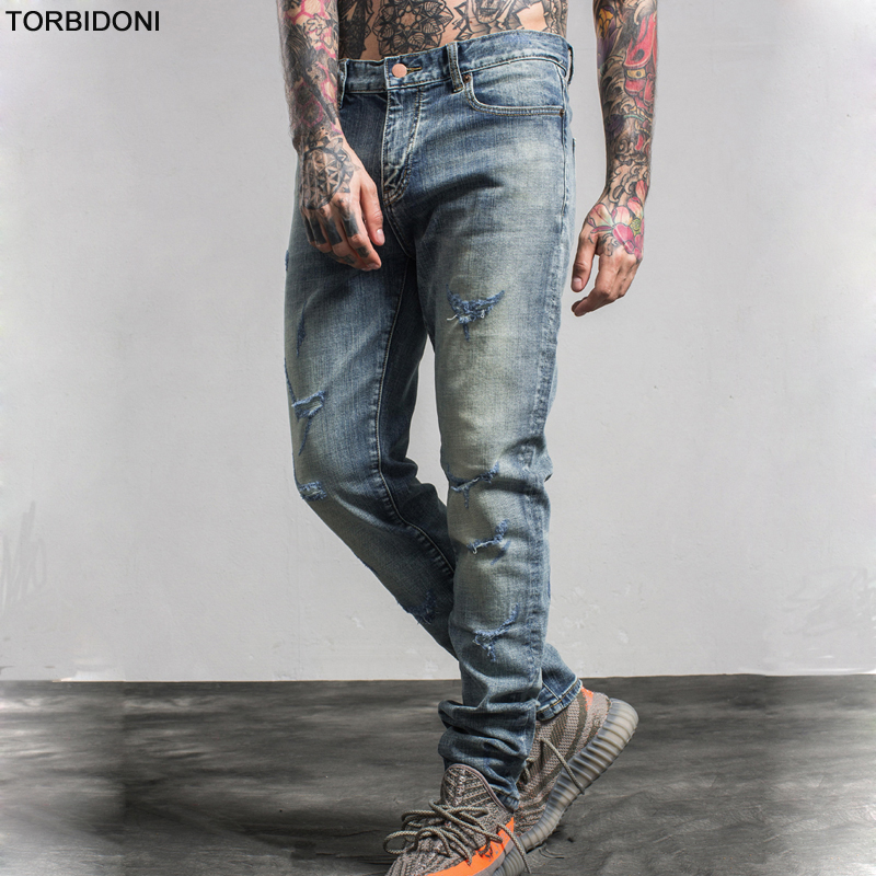 2017 New Fashion Mens Beggar Hole Jeans Slim Fitness Cotton Ripped Straight Pants Male Brand Clothing Scratched Denim Trousers hot new arrival mens jeans white hole jeans beggar style pants male taper straight slim high quality men pants plus size mb324