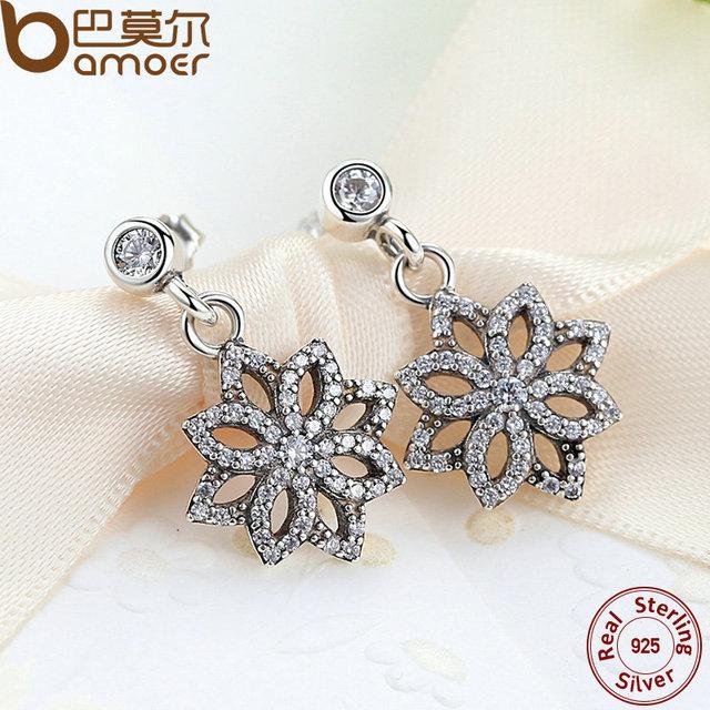 Sterling Silver Lace Botanique Floral Motif Earrings