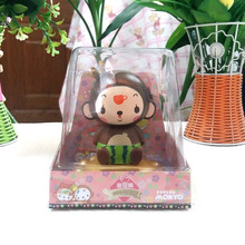 Retail Package Free Shipping Nodding Under Full Light No Battery Novelty Decoration Toy Solar Powered Crown