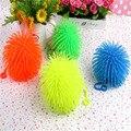 Pequeña llena pelo denso bombilla emisor de luz juguetes niños regalos premio juguetes pequeños