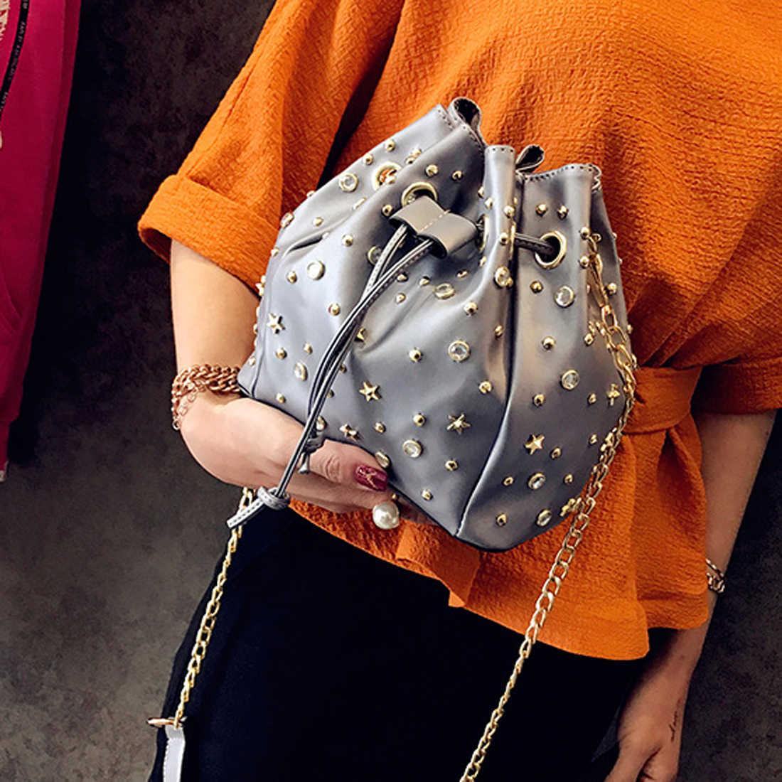 SFG EV Perçin Tasarım Kova Çanta Moda İpli omuzdan askili çanta Yüksek Kaliteli Kristal postacı çantası Rahat Kadın Crossbody çanta
