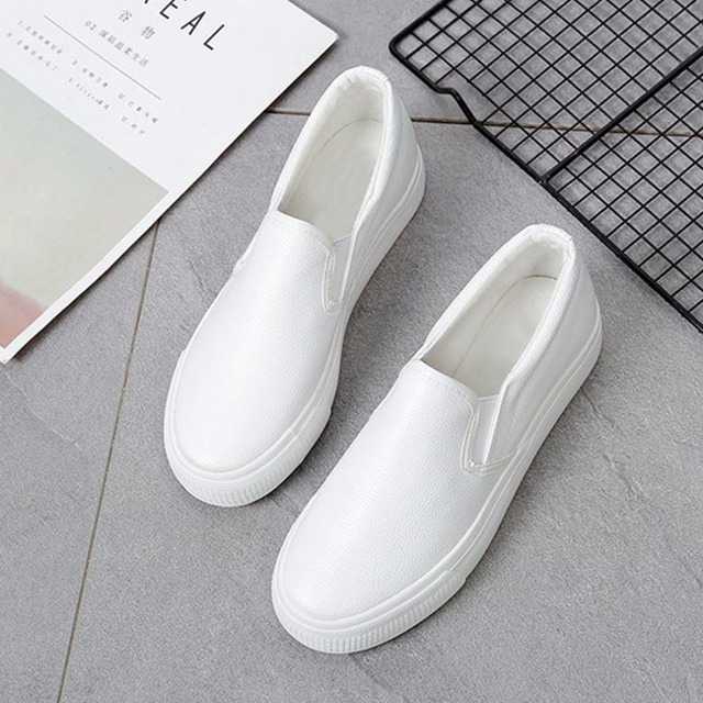 OUTAD 2018 Soft PU Women Flat Shoes Casual Solid Color