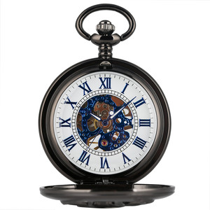 Image 2 - جديد وصول 2019 ريترو الأسود الماعز رئيس تصميم نصف هنتر الميكانيكية اليد لف ساعة جيب الأرقام الرومانية الأزرق قلادة ساعة