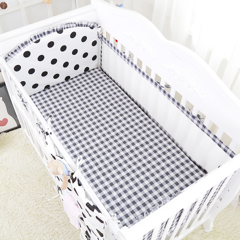 5pcs Black White Design Breathable Four Seasons Baby Crib Bedding Set Baby Cot Linens Include Protection Mesh Bumpers Bed Sheet