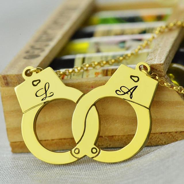 Comercio al por mayor de Las Esposas de Oro Collar Nombre Collar Iniciales Del Encanto Pareja Dulce Amor Joyas Sólo Para Su Día de San Valentín