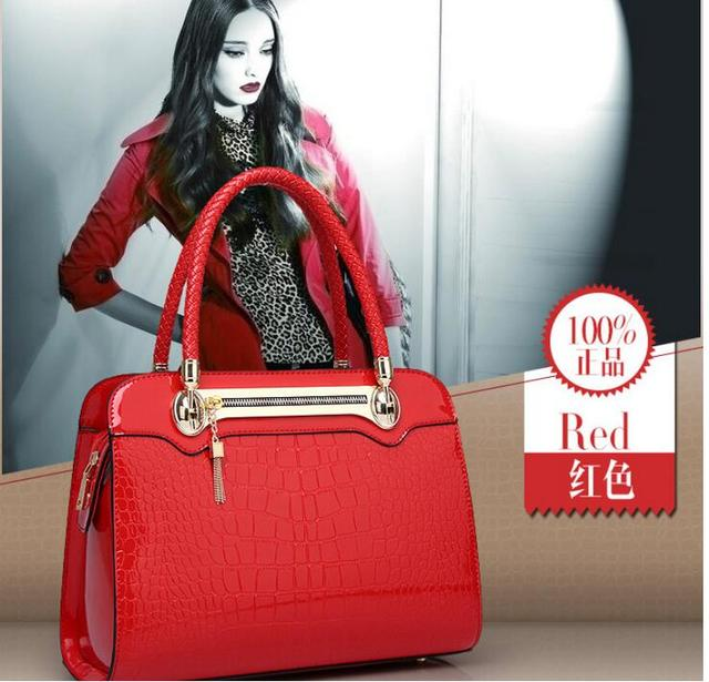2017 new women crocodile leather bag light portable bag type Fashion Shoulder Bag cross Ladies Functional Crossbody Bags
