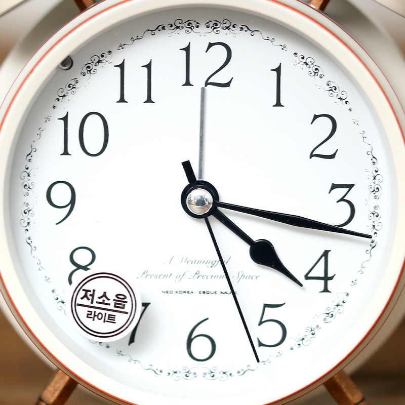Европейский стиль винтажный будильник Ретро настольные часы ночной Светильник прикроватные часы Механические золотые немые настольные часы 6NZ066