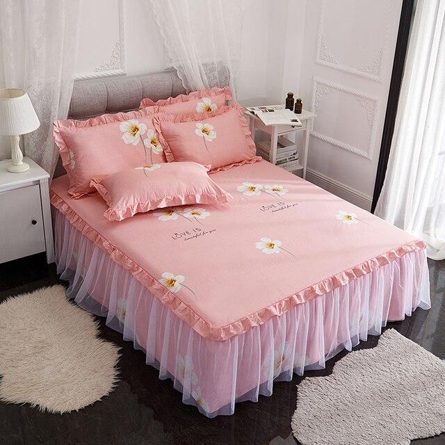 6884909309 Luxury Elegant Lace bed skirt girl princess wedding set bedding set king  queen 3pcs Pure color pink printed bedspread cotton set