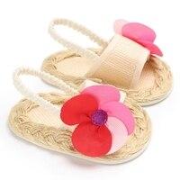 Сандалии для девочек нескользящая обувь с цветочным рисунком принцесса обувь для маленьких девочек мягкие сандалии