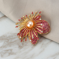 Luxury Colour Crystal Brooches for Women Natural Pearl Rhinestone Brooch Lapel Pins Jewelry for Female Wedding Scarf Accessories