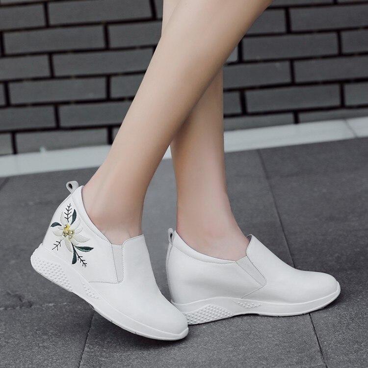 blanco Bombas Tacón {zorssar} Interior 2018 Negro Alto Aumento Ocio Flores Moda Mujer De Casual en Slip Zapatos El Bordado HRq14OrUH