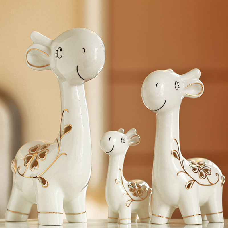 Modern ceramics Lovely deer Home decor crafts  Animals Figurines fairy garden Creative and lovely miniature Ornament