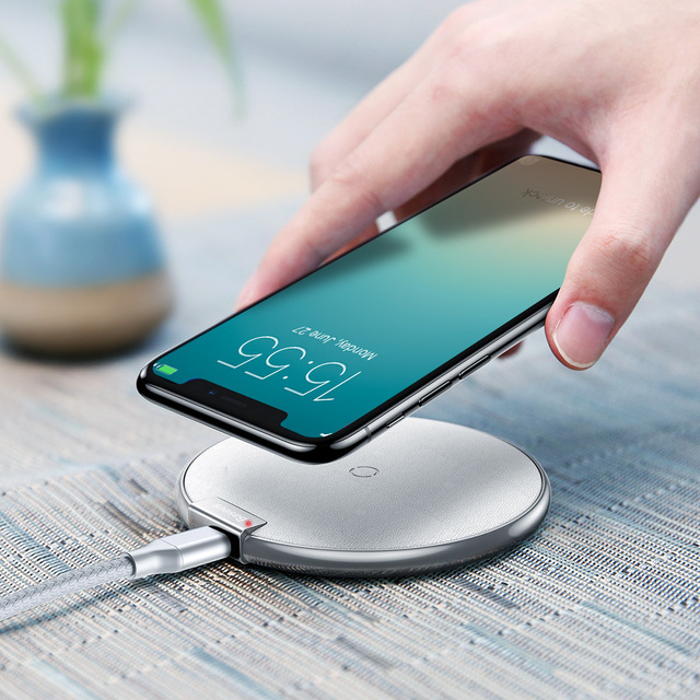lowest price 28240 4689b US $14.27 15% OFF|Baseus iX Qi Wireless Fast Charger Pad for iPhone 8 / 8  Plus / X for Samsung Galaxy S9 S9+ Charging Pad-in Wireless Chargers from  ...