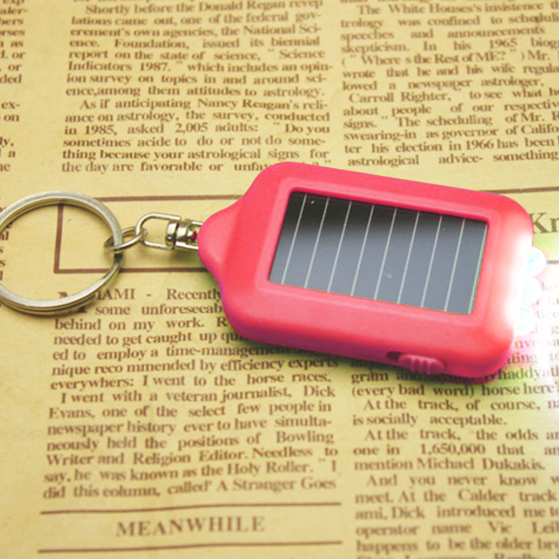 Portable Key Chain Hiking Rechargeable Spotlight Lamp 3 LEDs Solar Panel Sun Power Energy Torch Camping Light