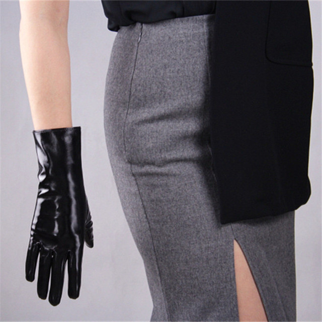 2020 New Patent Leather Extra Long Gloves 70cm Long Emulation Leather PU Bright Leather Bright Black Female Free Shipping WPU04 4