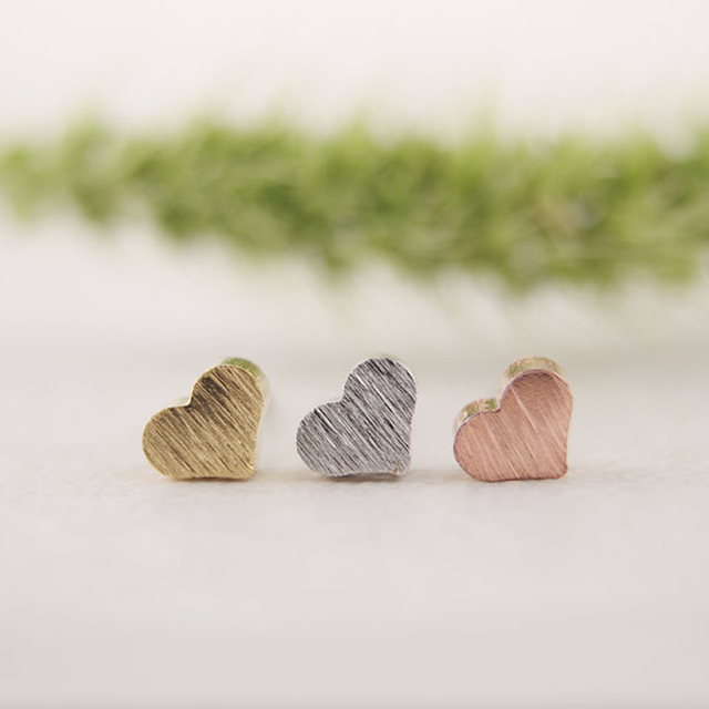 SMJEL  New Fashion Jewelry Tiny Love Heart Stud Earrings for Women boucle d'oreille femme 2017 Birthday Gifts S017