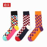 Plaid contrasted color men socks patchwork cotton mid calf length sock