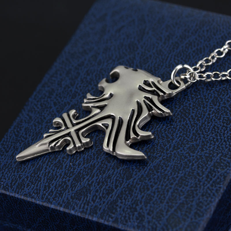 New anime game final fantasy viii 8 griever squall leonhart lion new anime game final fantasy viii 8 griever squall leonhart lion head necklace cosplay pendant drop shipping in pendant necklaces from jewelry accessories mozeypictures Gallery