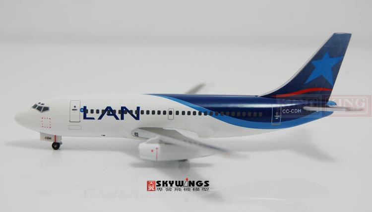 WT4732001 Witty Chile B737-200 CC-CDH 1:400 commercial jetliners plane model hobby