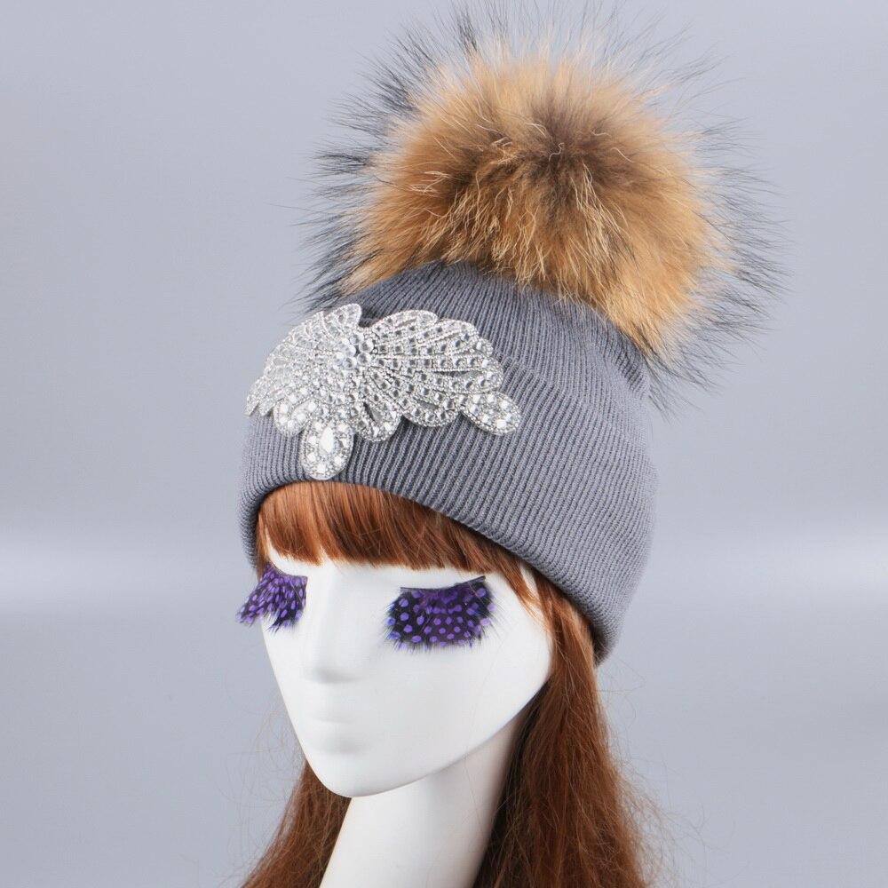 Delle donne della ragazza di marca cappello di inverno berretto di visone  volpe palla pompon cappelli custom design di lusso strass berretti casuali  ... 0787299dbd78